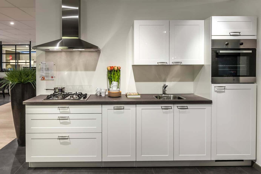 Inspiratie kleine keuken - Keuken kleine ruimte ...