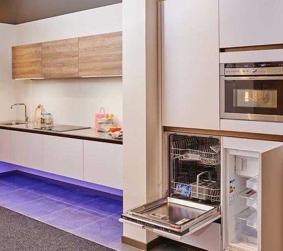 Keukenontwerpen lees meer over kleuren stijlen en for Keuken plannen in 3d