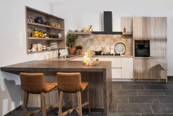 Keuken Moderne Bar : Rechte keuken met bar