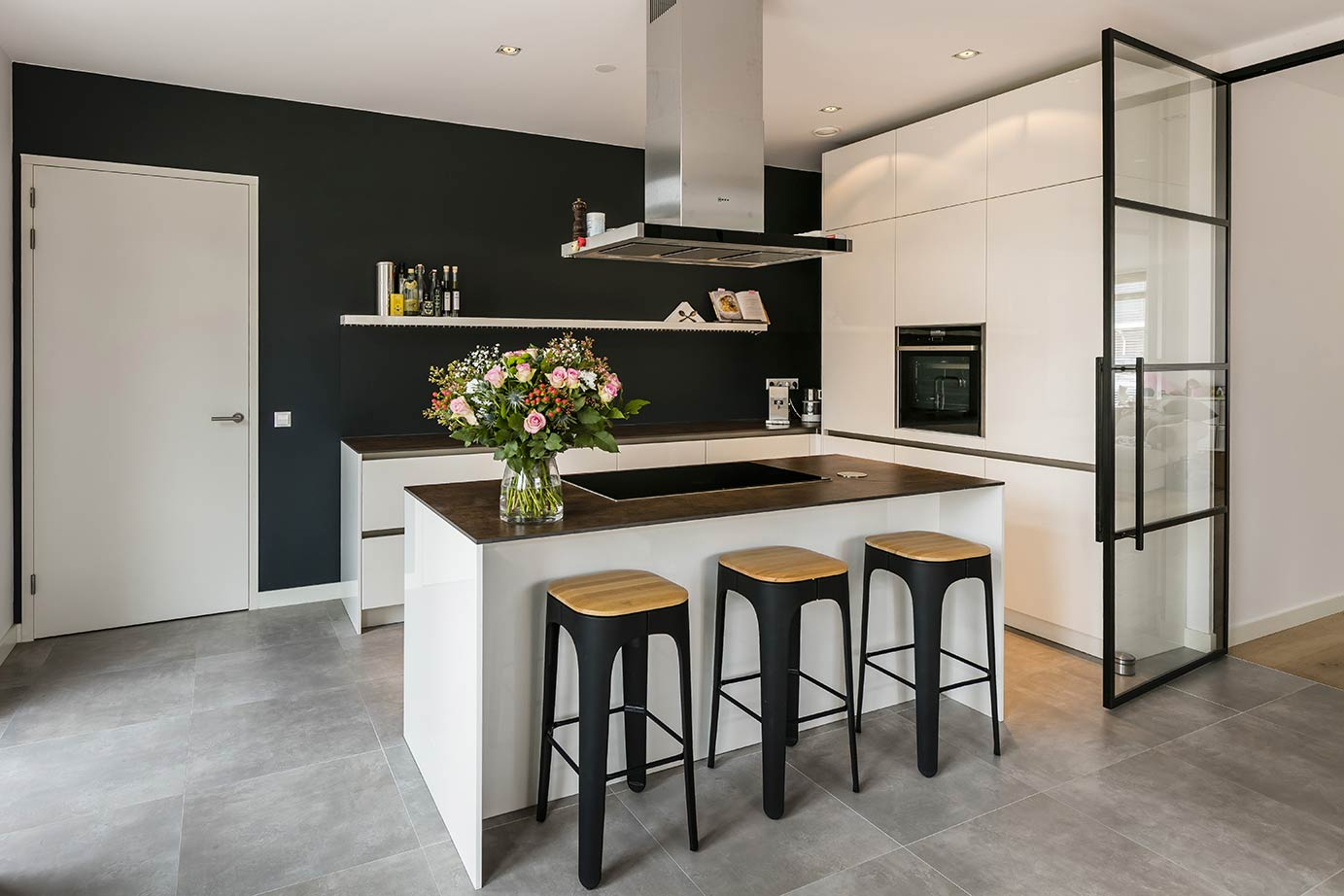 Ardi Keukens Ervaringen : Ardi keukens en sanitair dé keukenspecialist van zeeland ardi