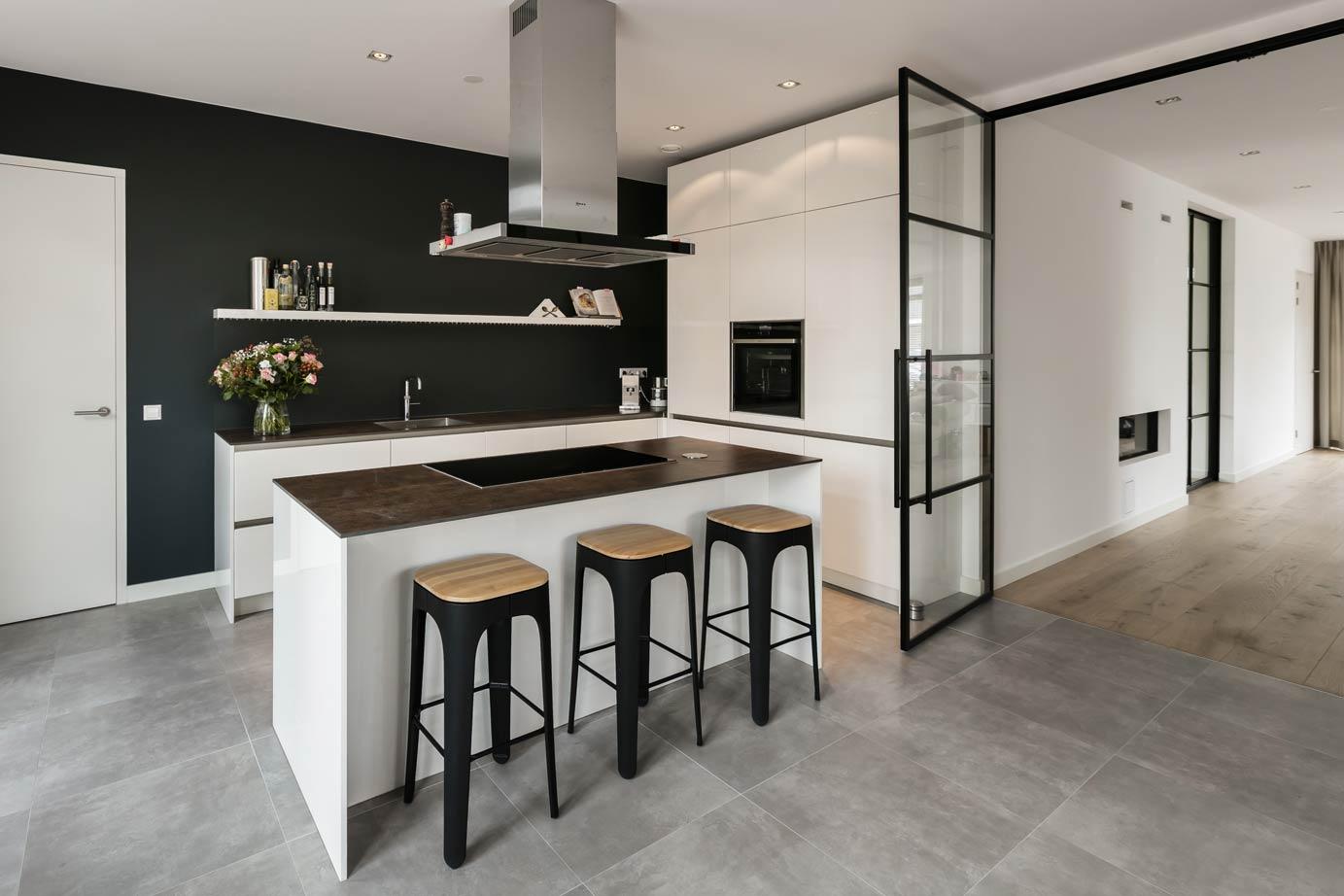 Keukeneiland T Opstelling : Kookeiland of keukeneiland alles wat u moet weten over een keuken