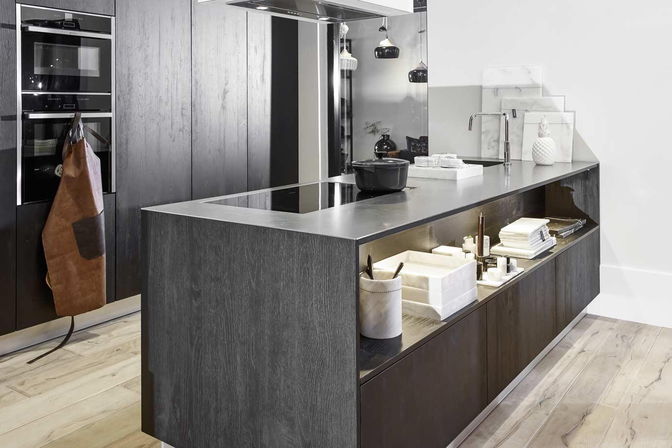 Keuken Zwart Stoere : Stoer en stijlvol met zwart u desingem